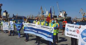 Navigatorii și docherii constănțeni, protest împotriva blocării schimburilor de echipaje